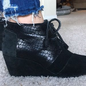 Toms ankle wedge lace-up booties